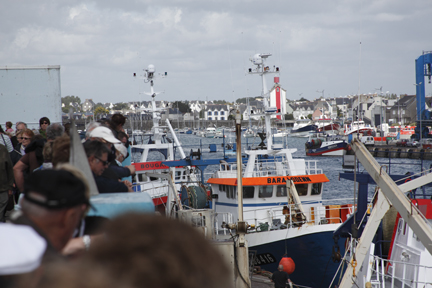The fishing fleet unloading