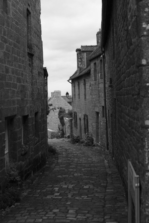 Cobbled streets of locronan